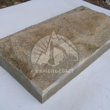 Гранитная плита с подколом 200*400*50(80)мм